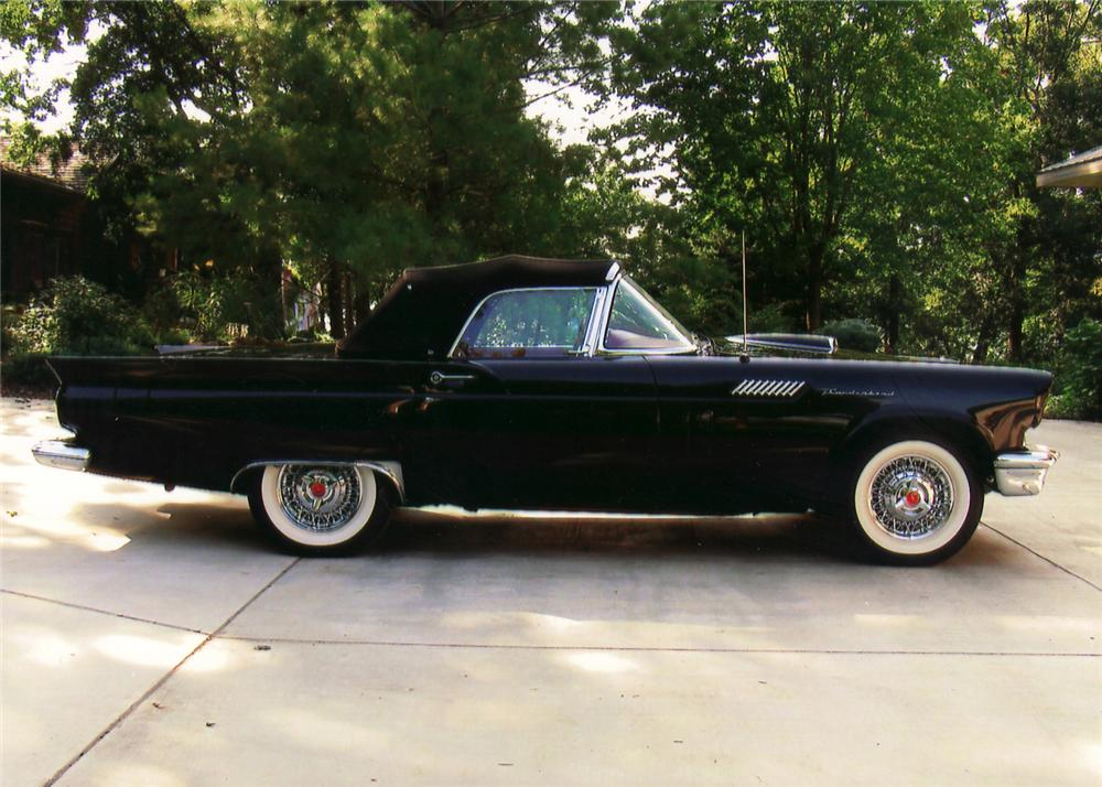 1957 FORD THUNDERBIRD CONVERTIBLE - Side Profile - 60735