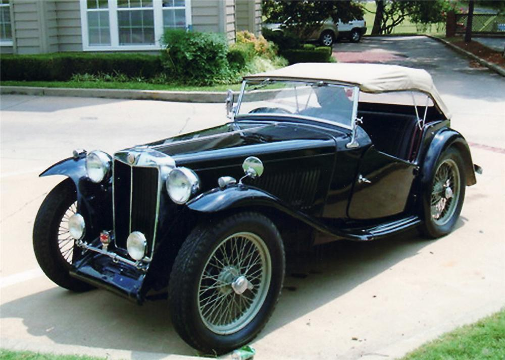 1949 MG TC ROADSTER - Front 3/4 - 60753