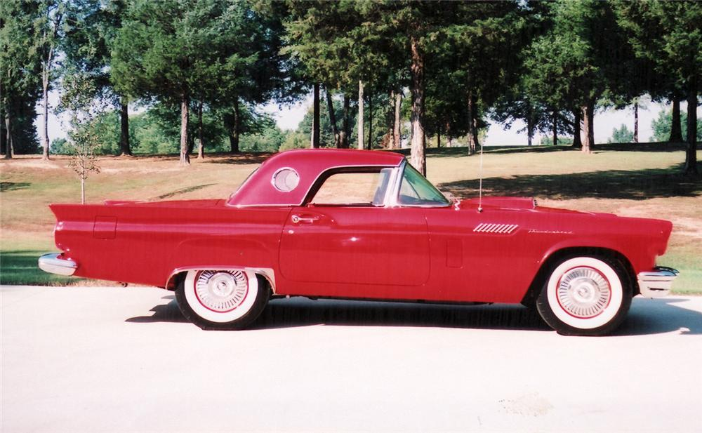 1957 FORD THUNDERBIRD CONVERTIBLE - Side Profile - 60767