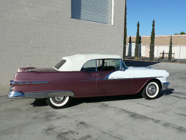 1956 PONTIAC STAR CHIEF CONVERTIBLE - Rear 3/4 - 60784