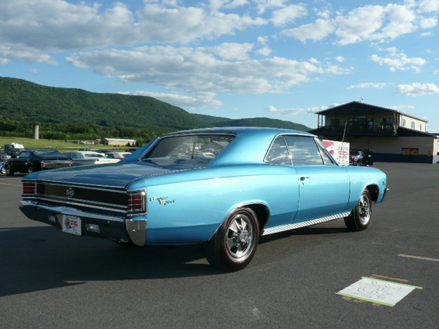 1967 CHEVROLET CHEVELLE SS 396 COUPE - Rear 3/4 - 60797