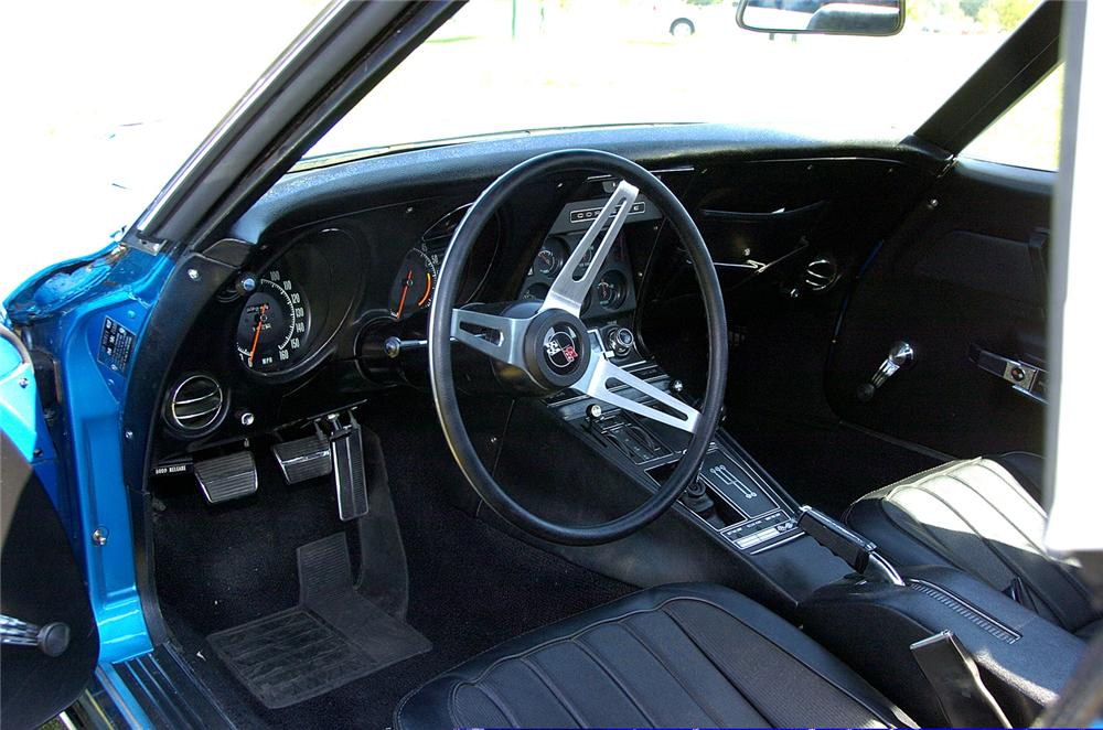 1969 CHEVROLET CORVETTE CONVERTIBLE - Interior - 60822
