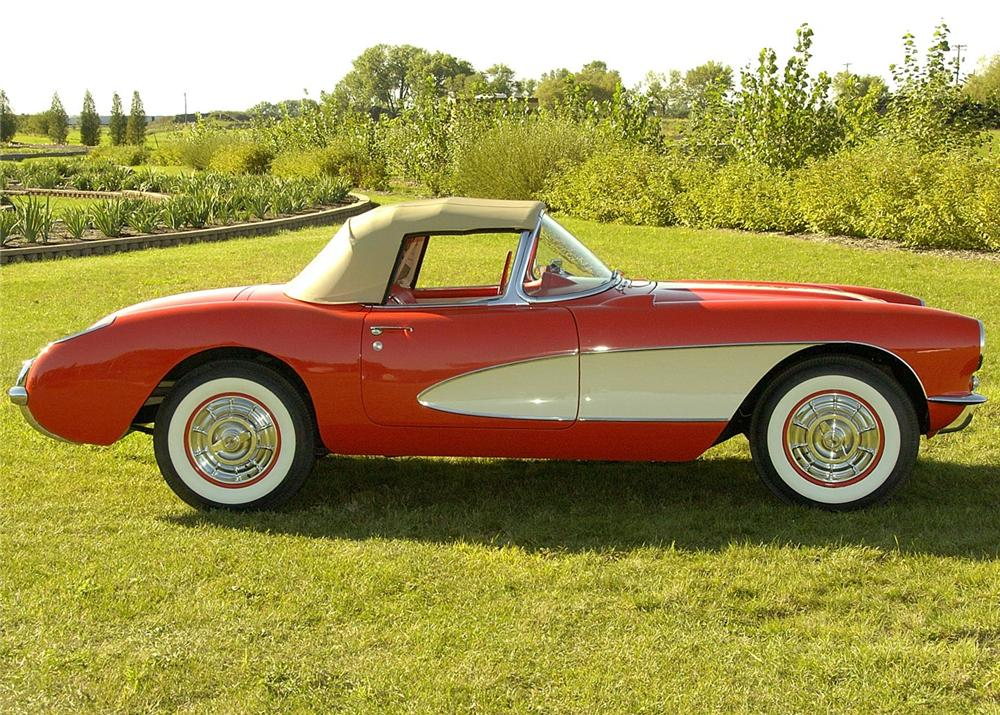 1956 CHEVROLET CORVETTE CONVERTIBLE - Side Profile - 60823