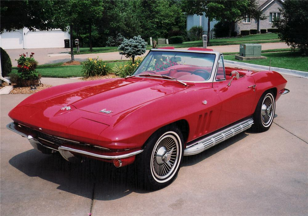 1966 CHEVROLET CORVETTE CONVERTIBLE - Front 3/4 - 60852