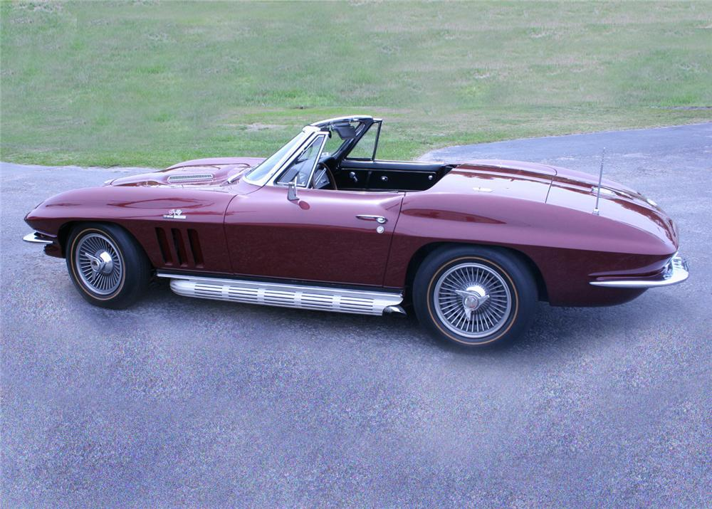 1965 CHEVROLET CORVETTE CONVERTIBLE - Side Profile - 60920