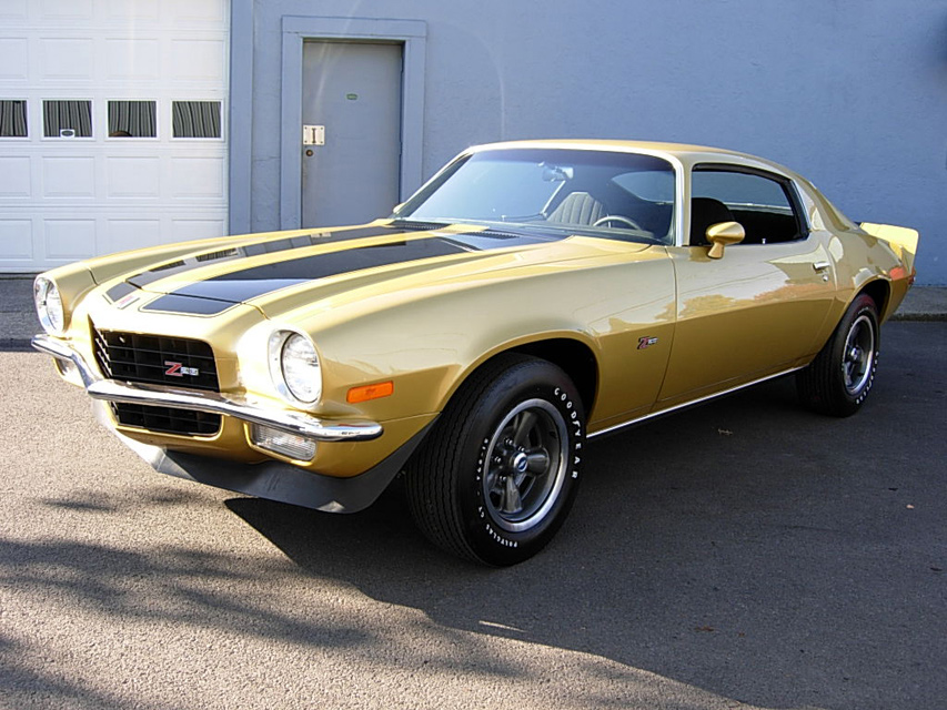 1971 CHEVROLET CAMARO Z/28 COUPE - Front 3/4 - 60936