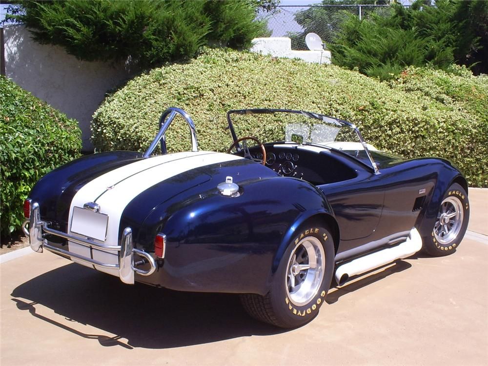 1965 SHELBY COBRA ROADSTER RE-CREATION - Rear 3/4 - 60975