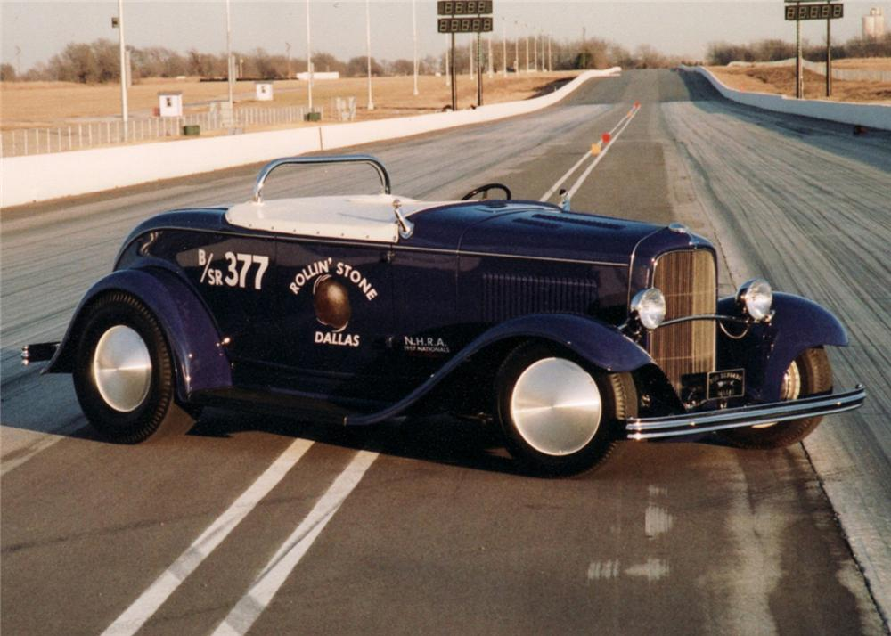 """1932 FORD CUSTOM ROADSTER """"ROLLIN STONE"""" - Front 3/4 - 60980"""