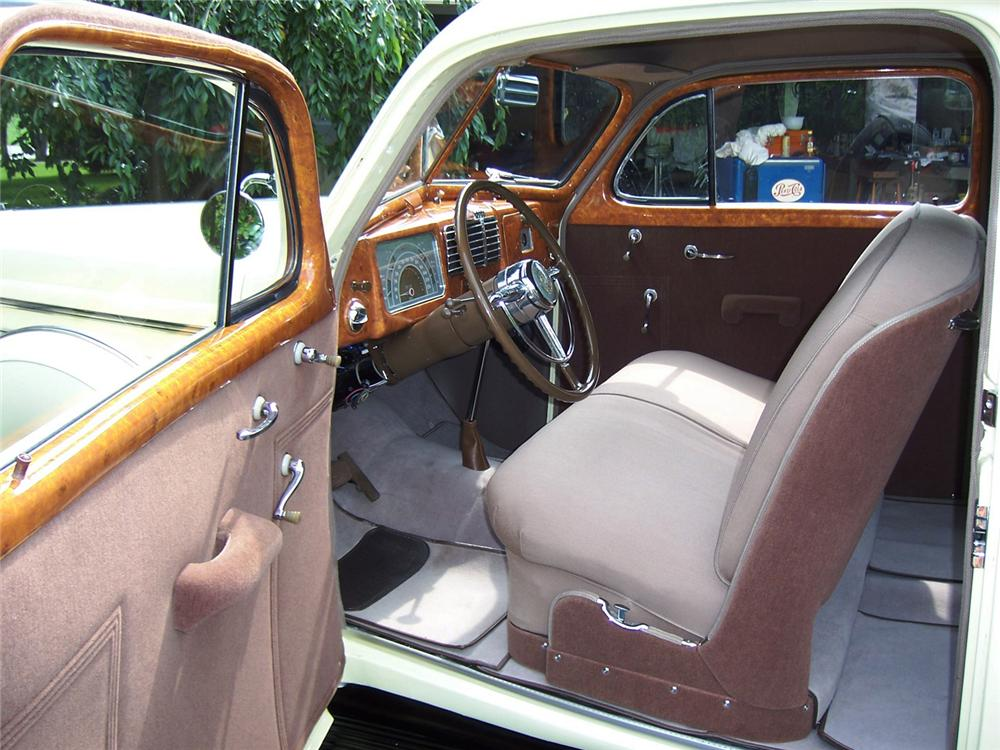 1937 BUICK SERIES 40 2 DOOR SEDAN CUSTOM - Interior - 60995