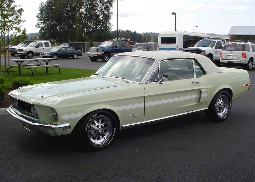 1968 FORD MUSTANG CALIFORNIA SPECIAL COUPE - Front 3/4 - 61001