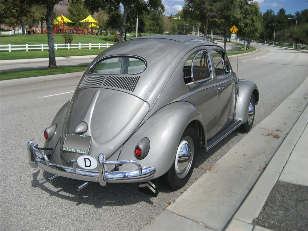 1957 VOLKSWAGEN BEETLE SUNROOF COUPE - 61003