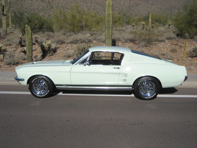 1967 FORD MUSTANG GTA FASTBACK - Side Profile - 61011