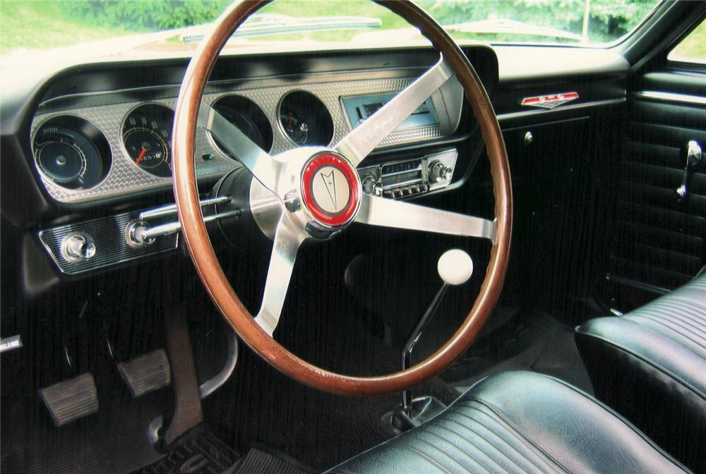 1964 PONTIAC GTO COUPE - Interior - 61062
