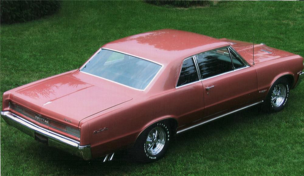 1964 PONTIAC GTO COUPE - Rear 3/4 - 61062