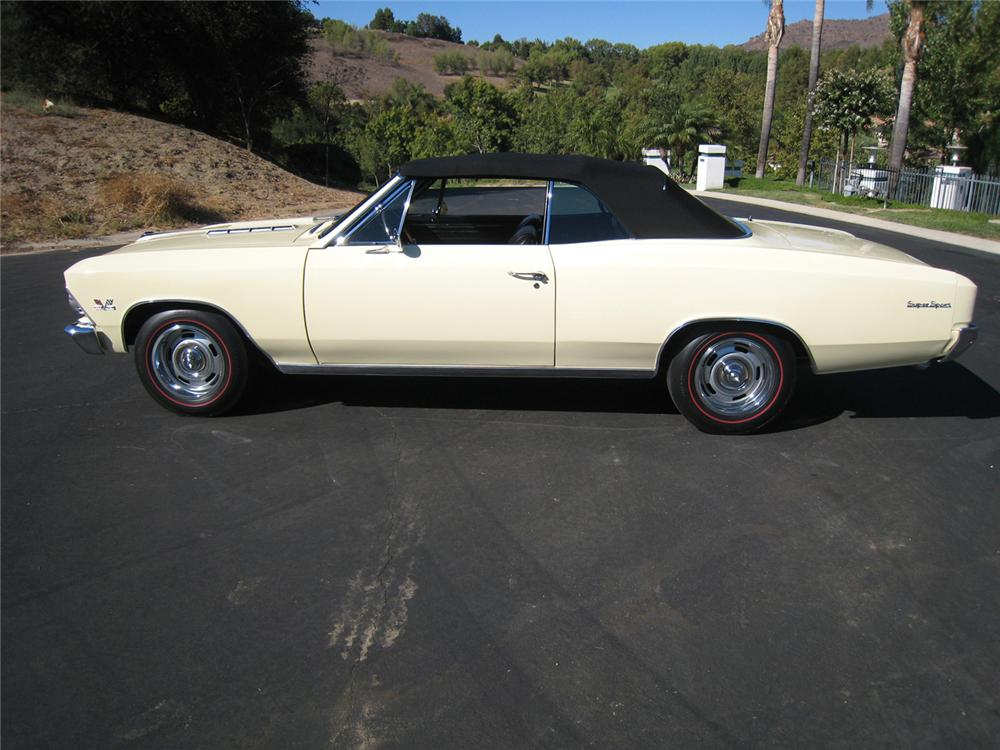 1966 CHEVROLET CHEVELLE SS 396 CONVERTIBLE - Side Profile - 61066