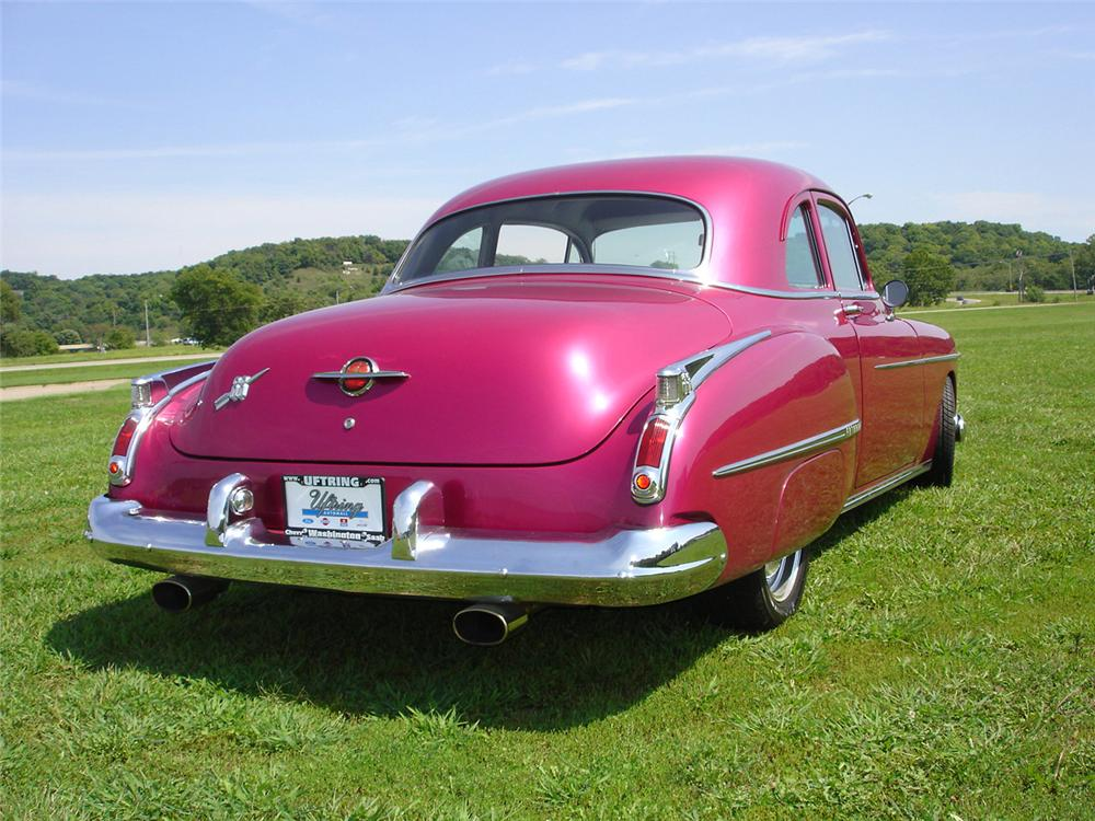 1950 OLDSMOBILE 88 COUPE - Rear 3/4 - 61077