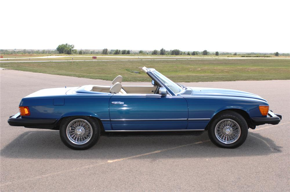 1979 MERCEDES-BENZ 450SL CONVERTIBLE - Side Profile - 61091