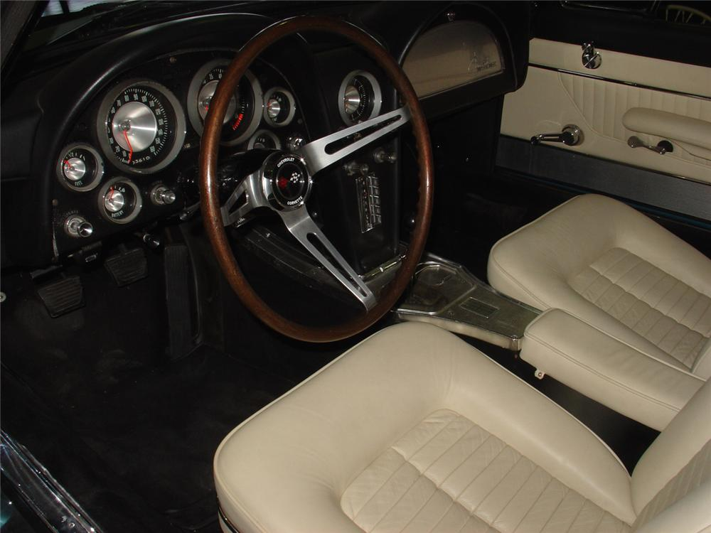 "1963 CHEVROLET CORVETTE COUPE ""RONDINE"" CONCEPT CAR - Interior - 61096"