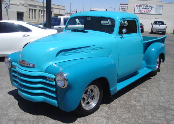1947 CHEVROLET CUSTOM PICKUP - Front 3/4 - 61111
