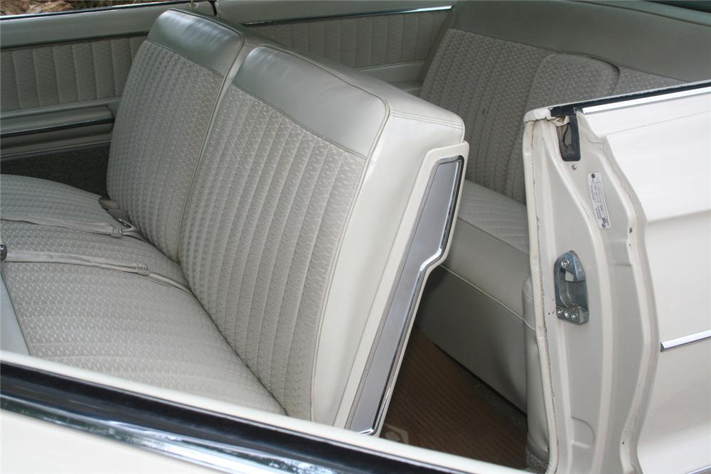 1962 CADILLAC SERIES 62 2 DOOR HARDTOP - Interior - 61122