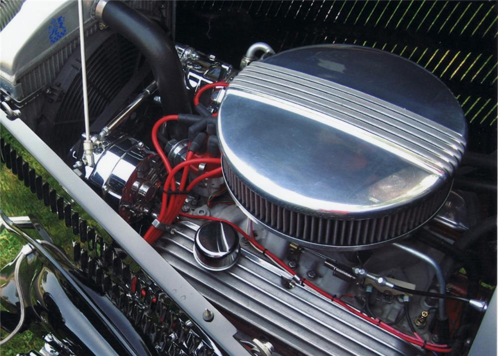 1933 FORD 3 WINDOW CUSTOM COUPE - Engine - 61134