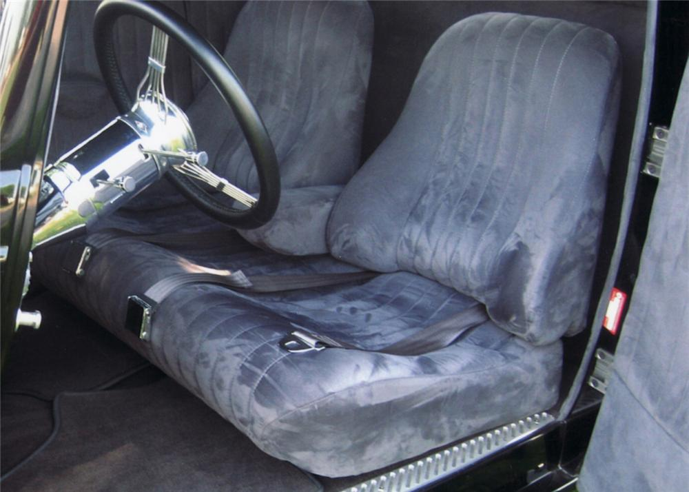 1933 FORD 3 WINDOW CUSTOM COUPE - Interior - 61134