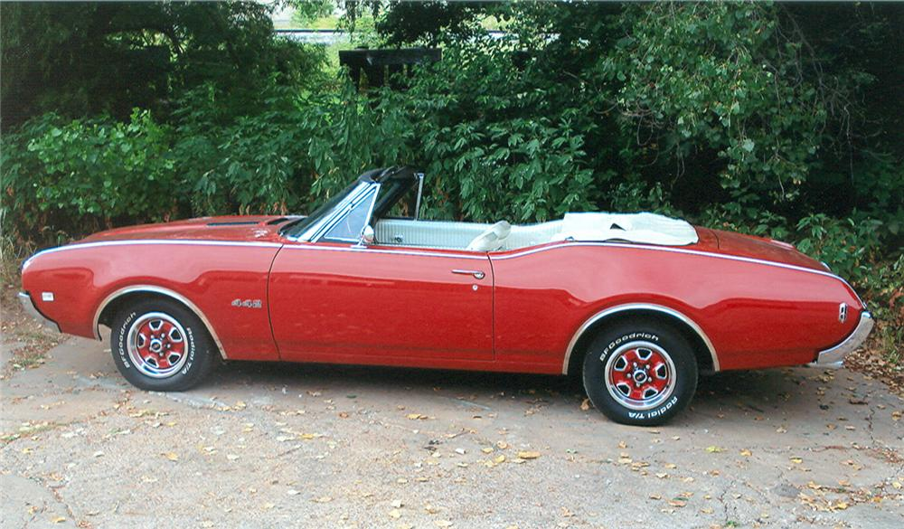 1968 OLDSMOBILE 442 CONVERTIBLE - Side Profile - 61143