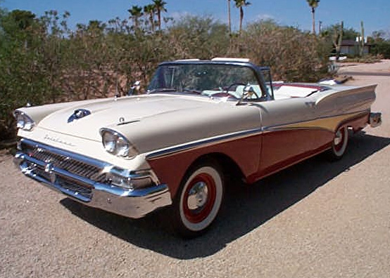 1958 FORD FAIRLANE RETRACTABLE - Front 3/4 - 61153