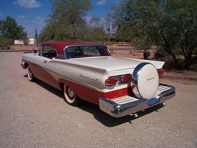 1958 FORD FAIRLANE RETRACTABLE - Rear 3/4 - 61153