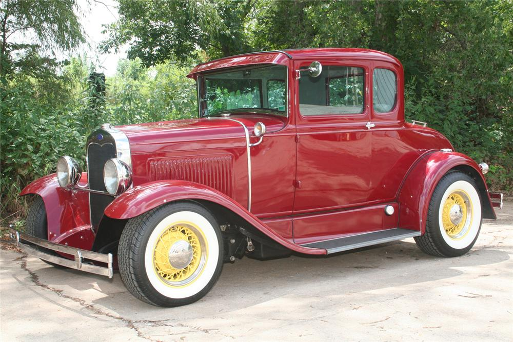 1930 FORD MODEL A CUSTOM COUPE - Front 3/4 - 61173