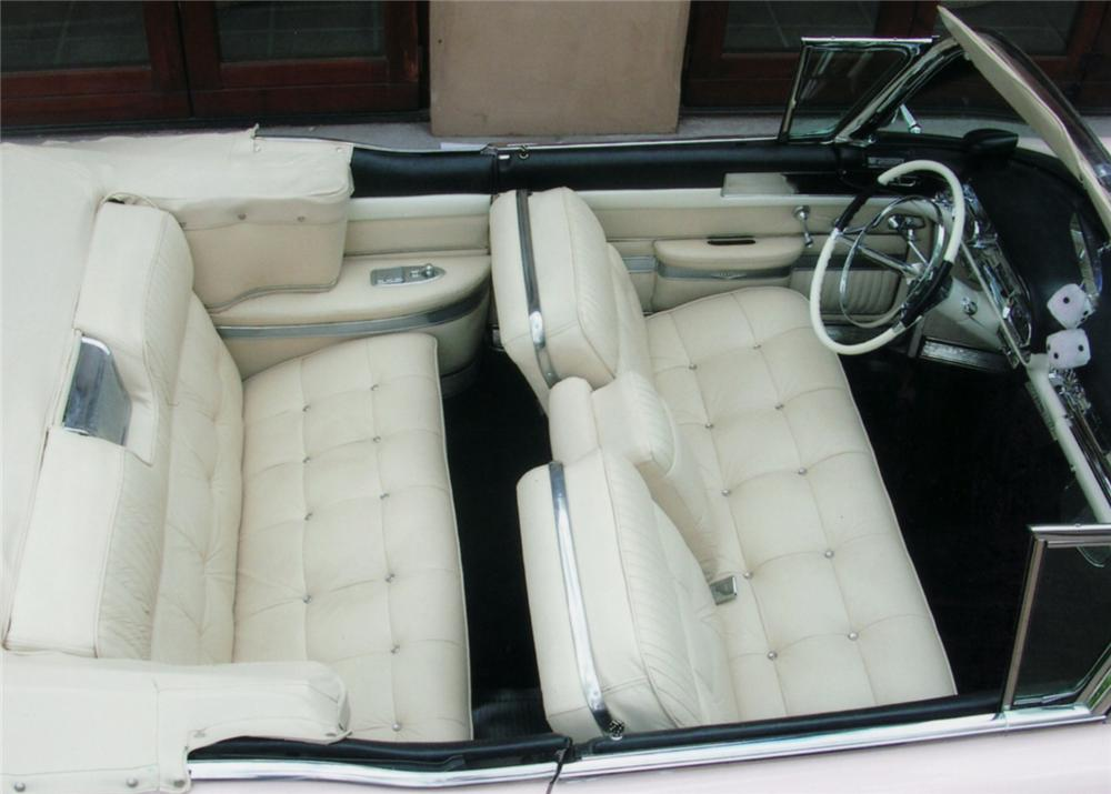 1957 CADILLAC SERIES 62 CONVERTIBLE - Interior - 61191