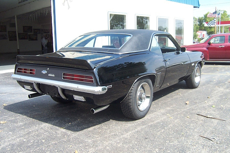1969 CHEVROLET CAMARO RS/SS COUPE YENKO RE-CREATION - Rear 3/4 - 61192