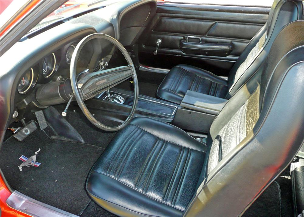 1970 FORD MUSTANG FASTBACK - Interior - 61210