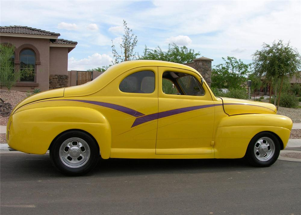 1941 FORD DELUXE CUSTOM COUPE - Side Profile - 61215
