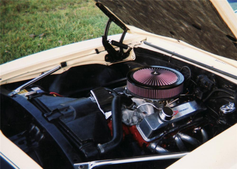 1967 CHEVROLET CAMARO CUSTOM CONVERTIBLE - Engine - 61238