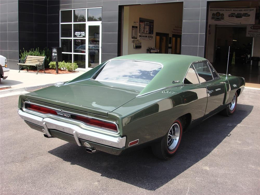 1970 DODGE HEMI CHARGER R/T COUPE - Rear 3/4 - 61241