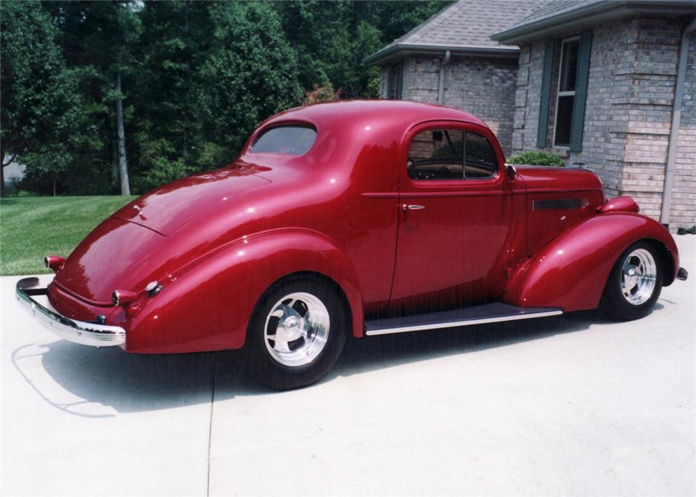 1936 PONTIAC BUSINESS COUPE STREET ROD - Side Profile - 61258