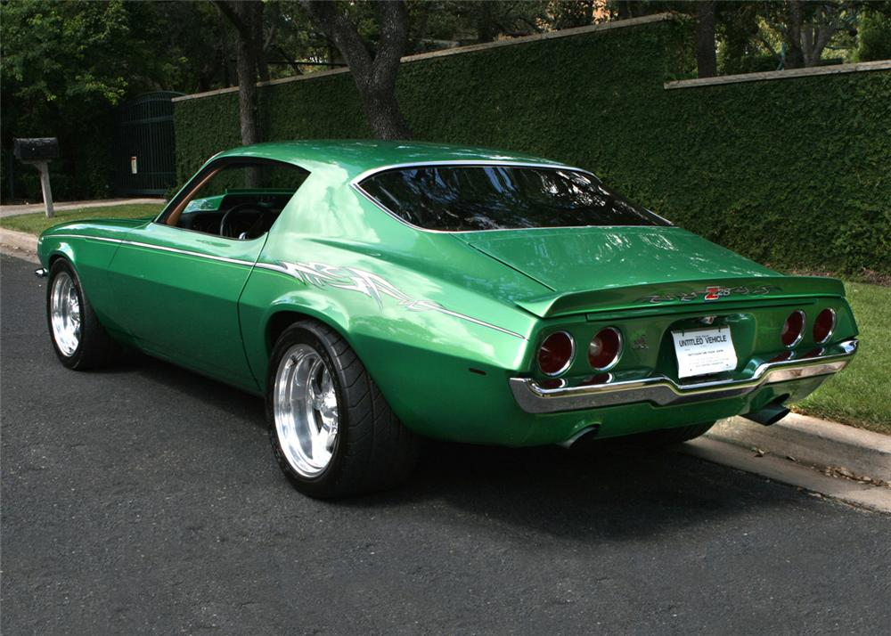 1970 CHEVROLET CAMARO Z/28 CUSTOM COUPE - Rear 3/4 - 61263