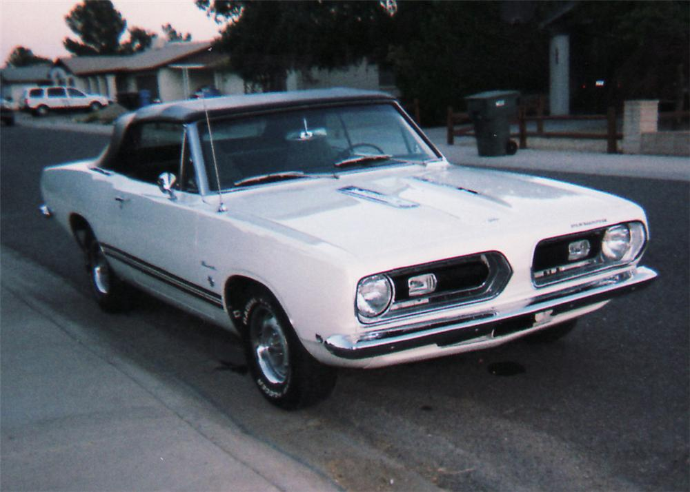 1968 PLYMOUTH BARRACUDA CONVERTIBLE - Front 3/4 - 61271