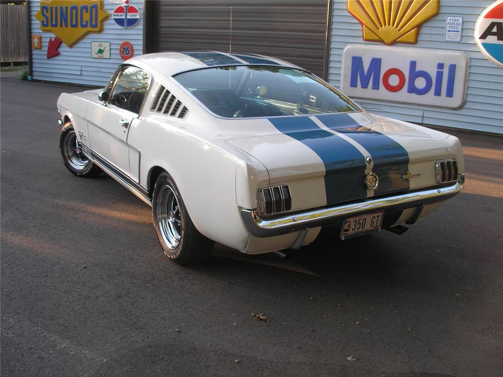 1965 SHELBY GT350 FASTBACK RE-CREATION - Rear 3/4 - 61279