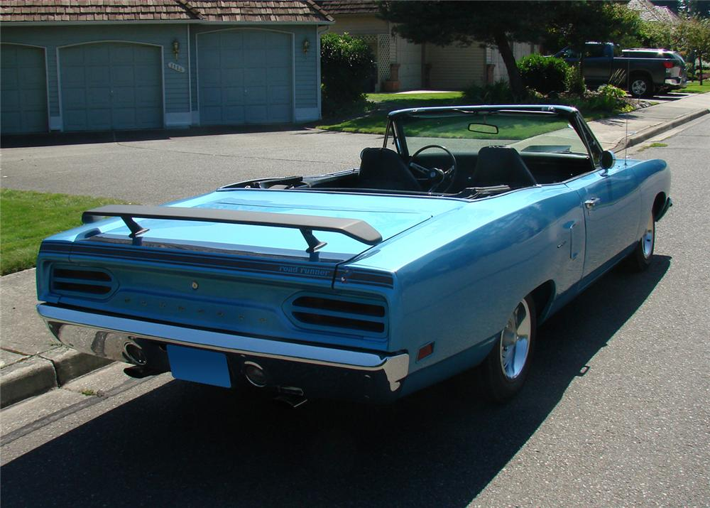 1970 PLYMOUTH ROAD RUNNER CONVERTIBLE - Rear 3/4 - 61290