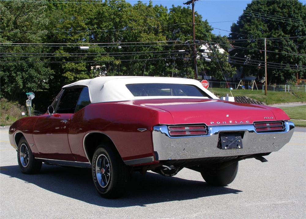 1969 PONTIAC GTO CONVERTIBLE - Rear 3/4 - 61298
