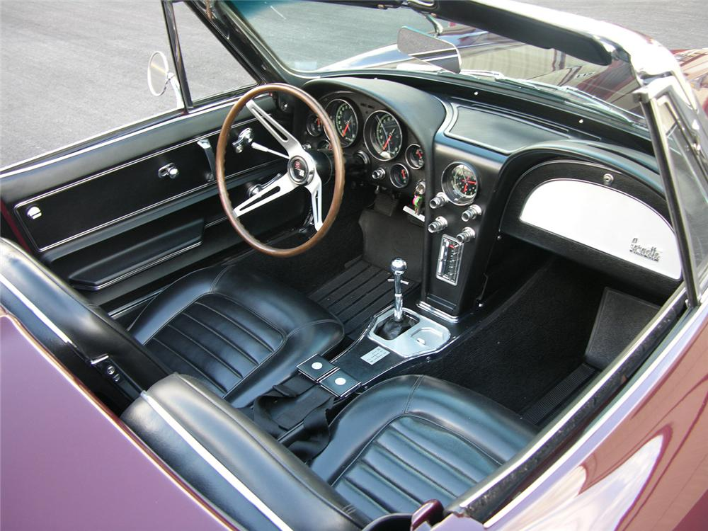 1966 CHEVROLET CORVETTE CONVERTIBLE - Interior - 61300