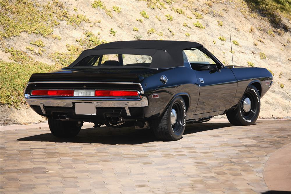 1970 DODGE HEMI CHALLENGER CONVERTIBLE RE-CREATION - Rear 3/4 - 61302