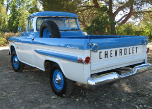 1959 CHEVROLET 3100 DELUXE PICKUP - Rear 3/4 - 61338