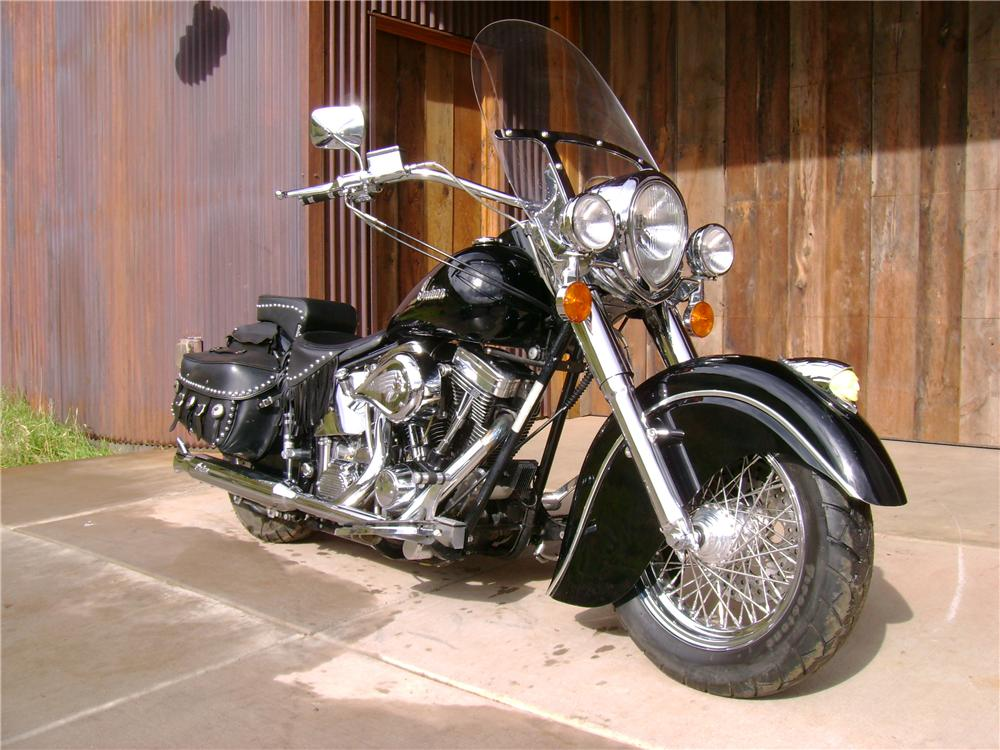 2000 INDIAN CHIEF MOTORCYCLE - Front 3/4 - 61340