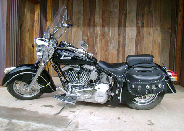 2000 INDIAN CHIEF MOTORCYCLE - Side Profile - 61340