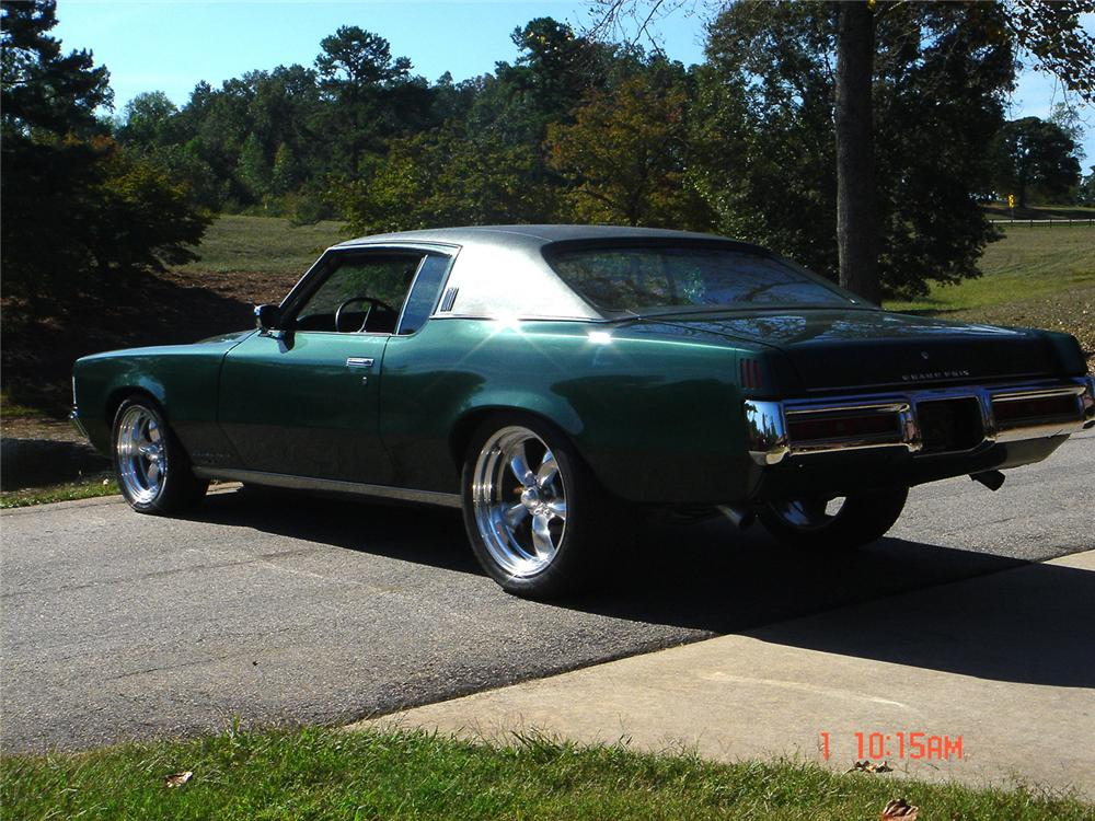 1969 PONTIAC GRAND PRIX CUSTOM COUPE - Rear 3/4 - 61348