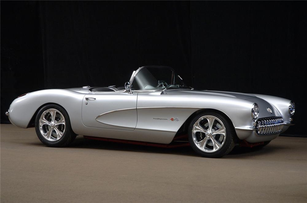 1957 CHEVROLET CORVETTE CUSTOM CONVERTIBLE - Front 3/4 - 61371