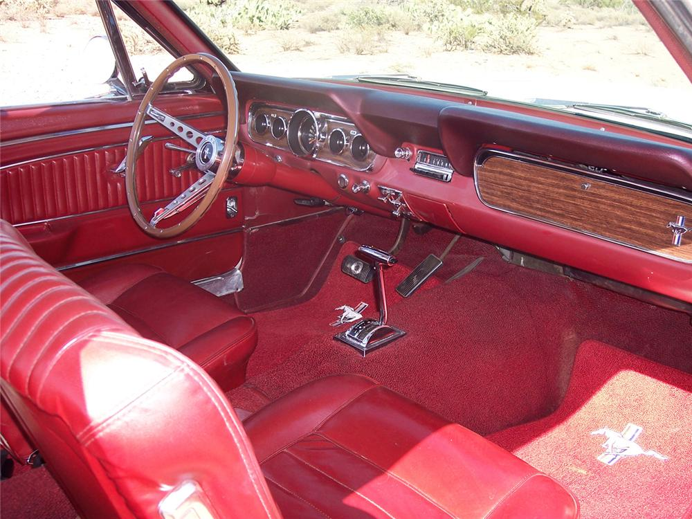 1966 FORD MUSTANG GT COUPE - Interior - 61381